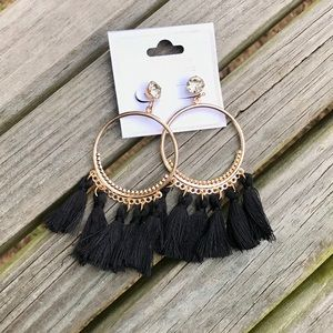✨NEW✨Black Fringe Earrings!